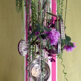 Suspension des ustensiles, végétaux et fleurs