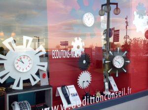 décors d'engrenage représentant le temps