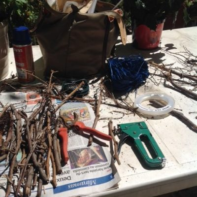 Préparation et construction des nids géants